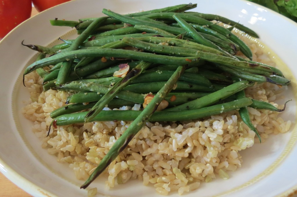grilled haricot vert french green beans with slivered almonds. Black Bedroom Furniture Sets. Home Design Ideas