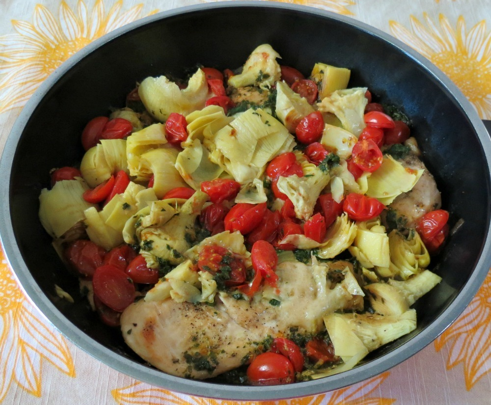Chicken with Spinach Pesto, Artichokes and Tomatoes
