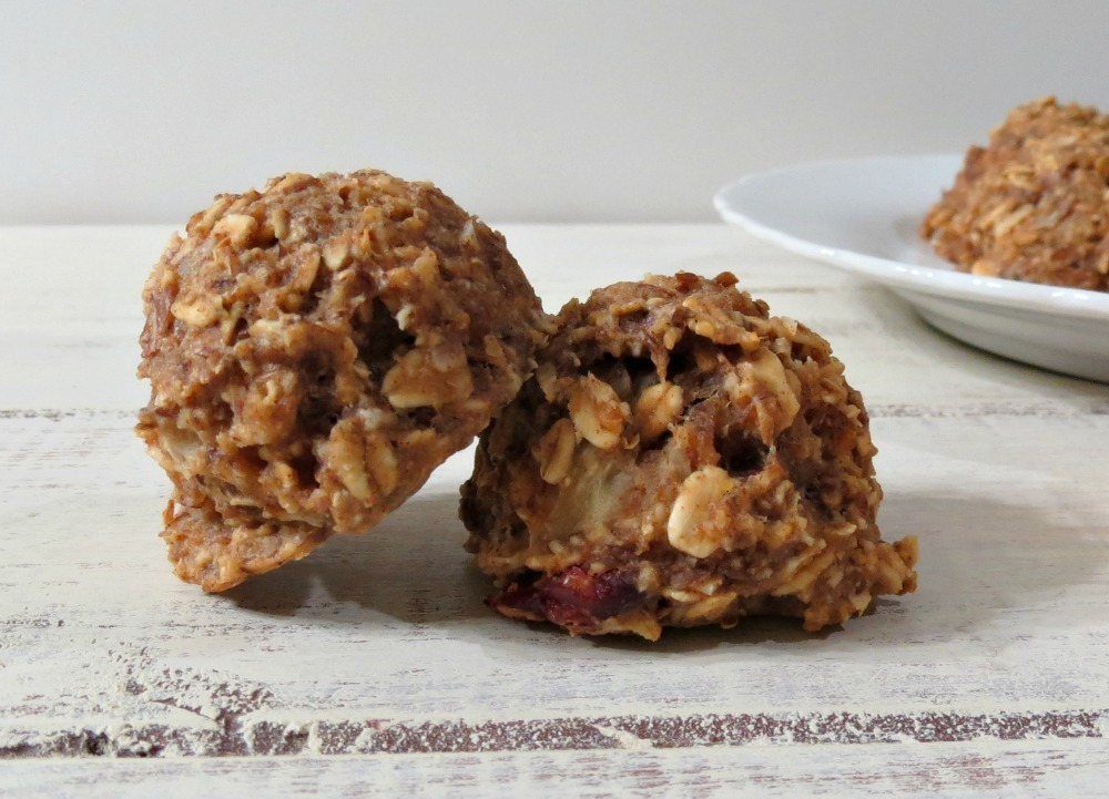 Banana Almond Breakfast Cookies