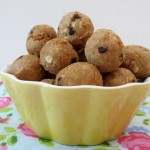 Chocolte Chip Preztel Almond Chickapea Balls 005a