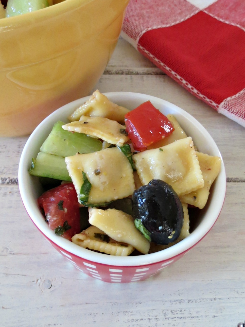 Mediterranean Pasta Salad #SundaySupper | Peanut Butter and Peppers