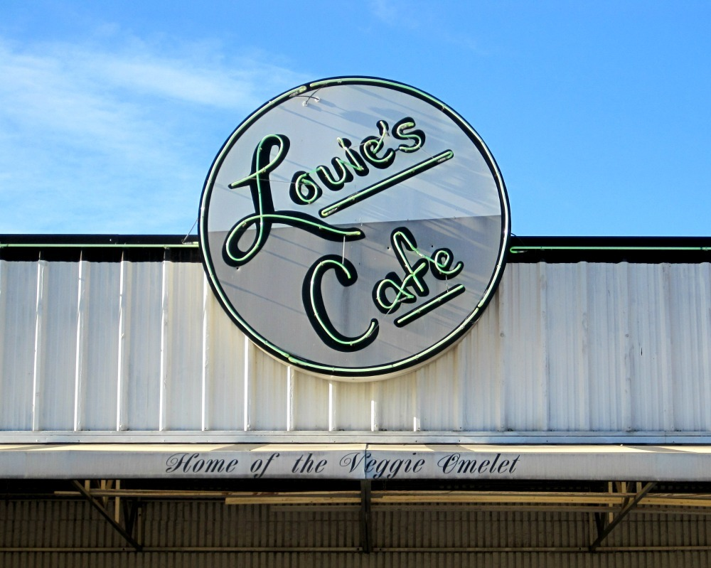 Louies Cafe