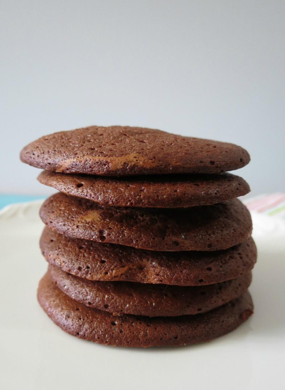 Chocolate Caramel Meringue Cookies