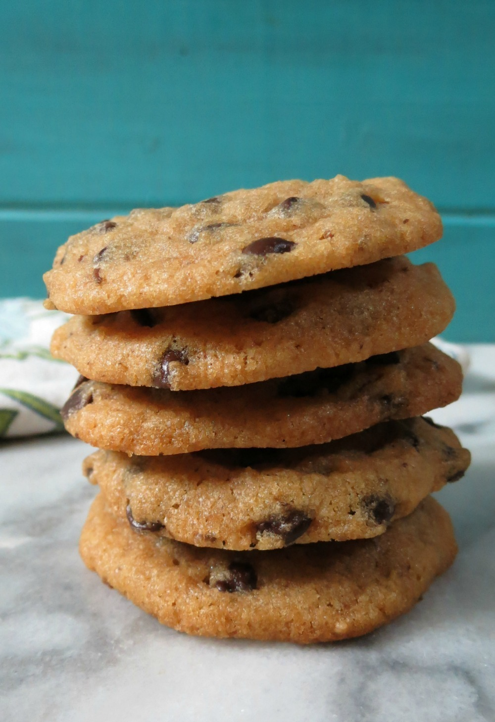 Vegan Chocolate Chip Cookies | Peanut Butter and Peppers