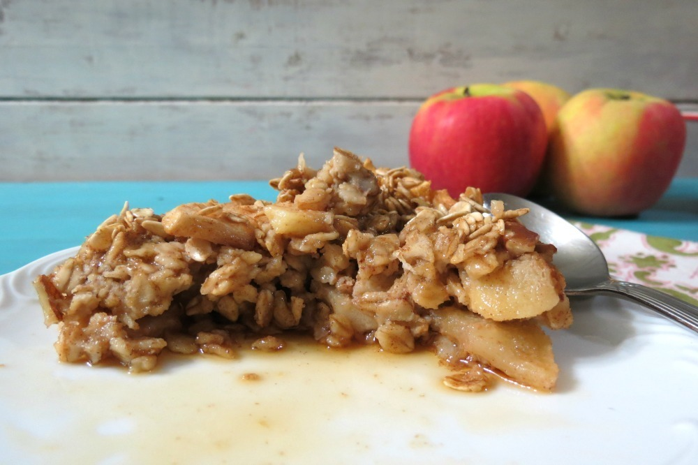 Baked Apple and Cinnamon Oatmeal