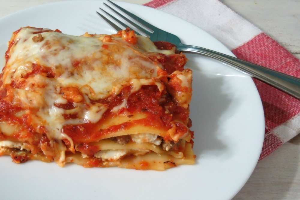 Meat And Cheese Lasagna Three cheese meat lasagna