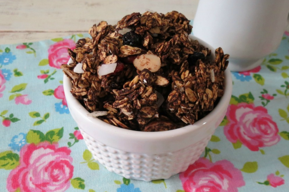 Chocolate Cherry Granola | Peanut Butter and Peppers