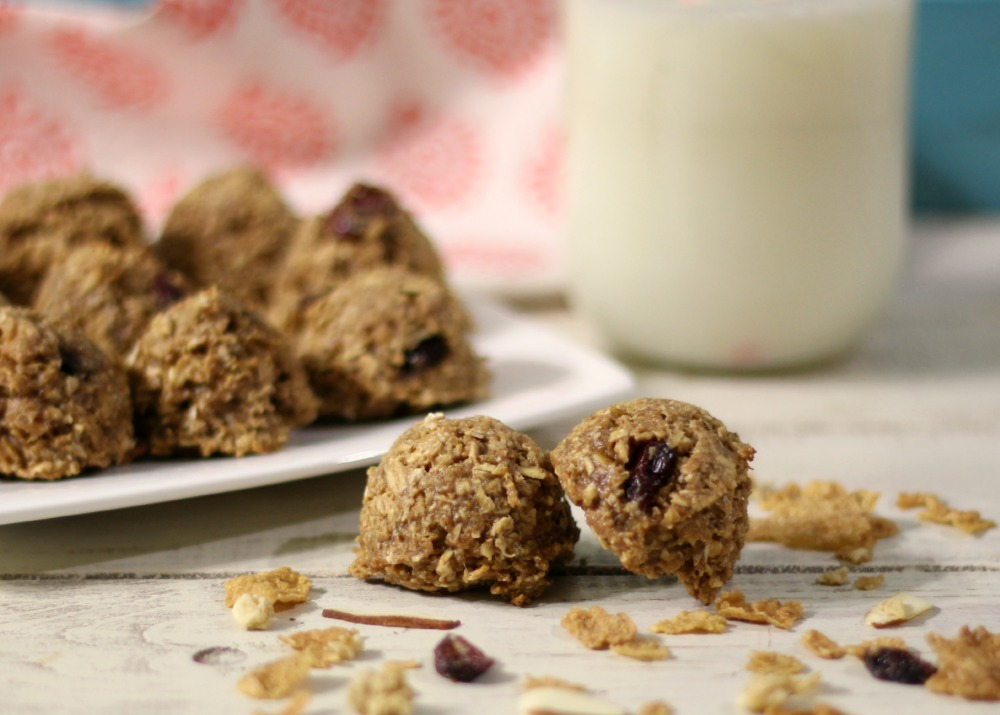 Almond Crunch Breakfast Cookies