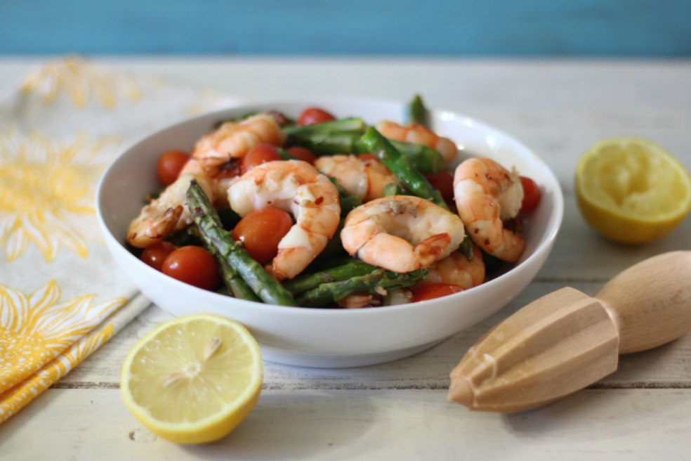 Shrimp with Asparagus and Tomatoes #ShrimpShowdown