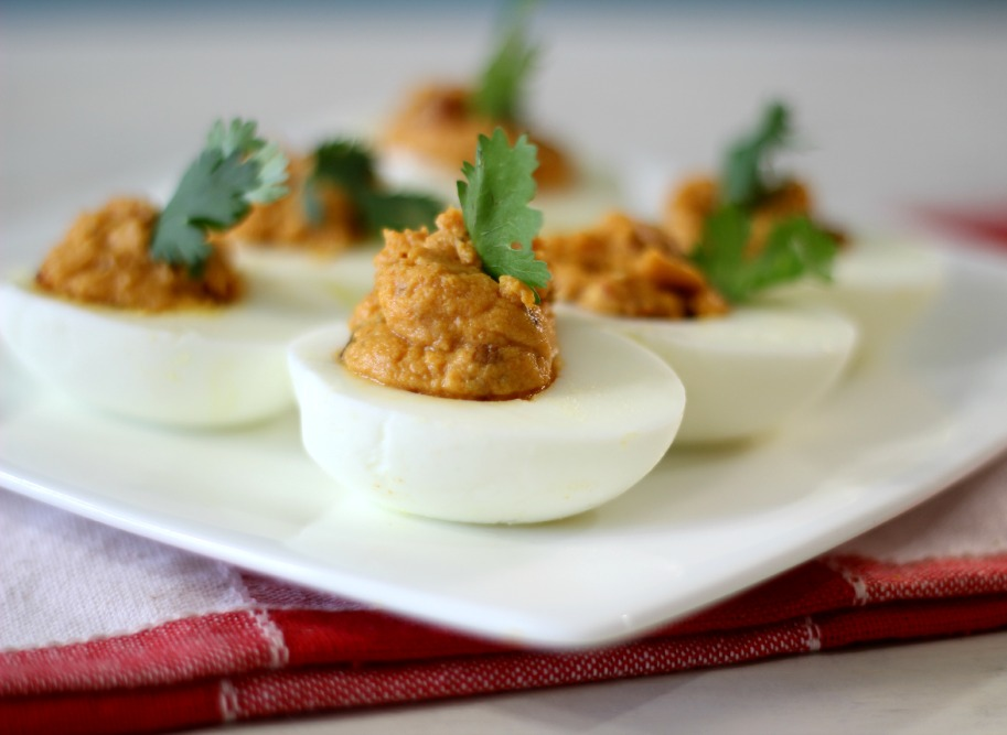17. Chipotle Bacon Pumpkin Deviled Eggs (via Peanut Butter and Peppers ...