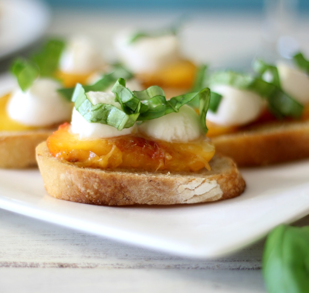 Grilled Peach Bruschetta #SundaySupper