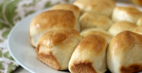 Easy Dinner Rolls