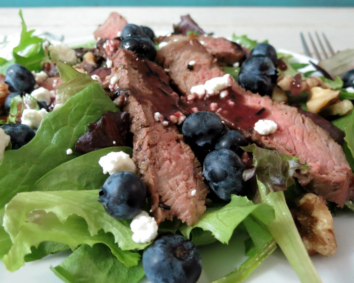 Blueberry and Steak Salad with Homemade Blueberry Dressing