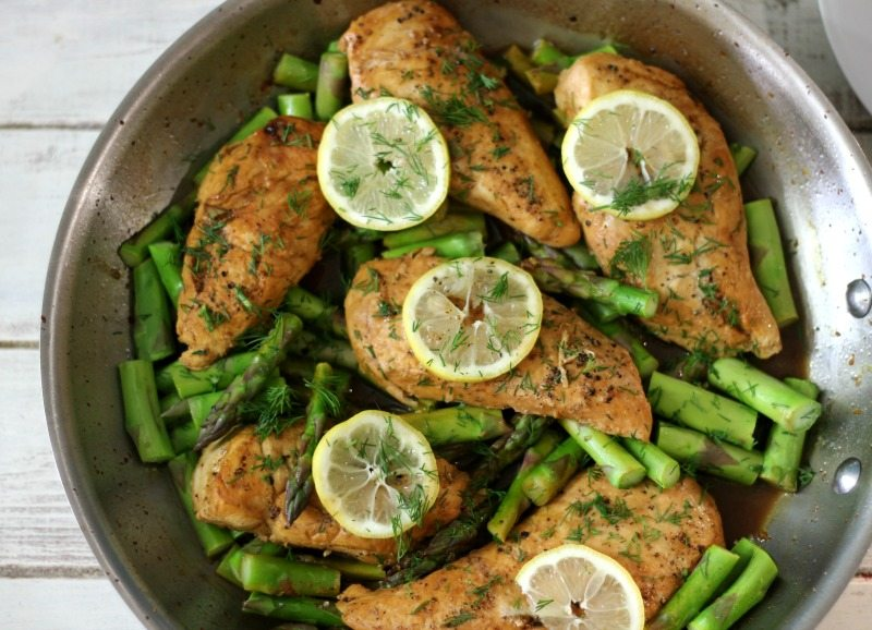 Lemon Dill Chicken and Asparagus
