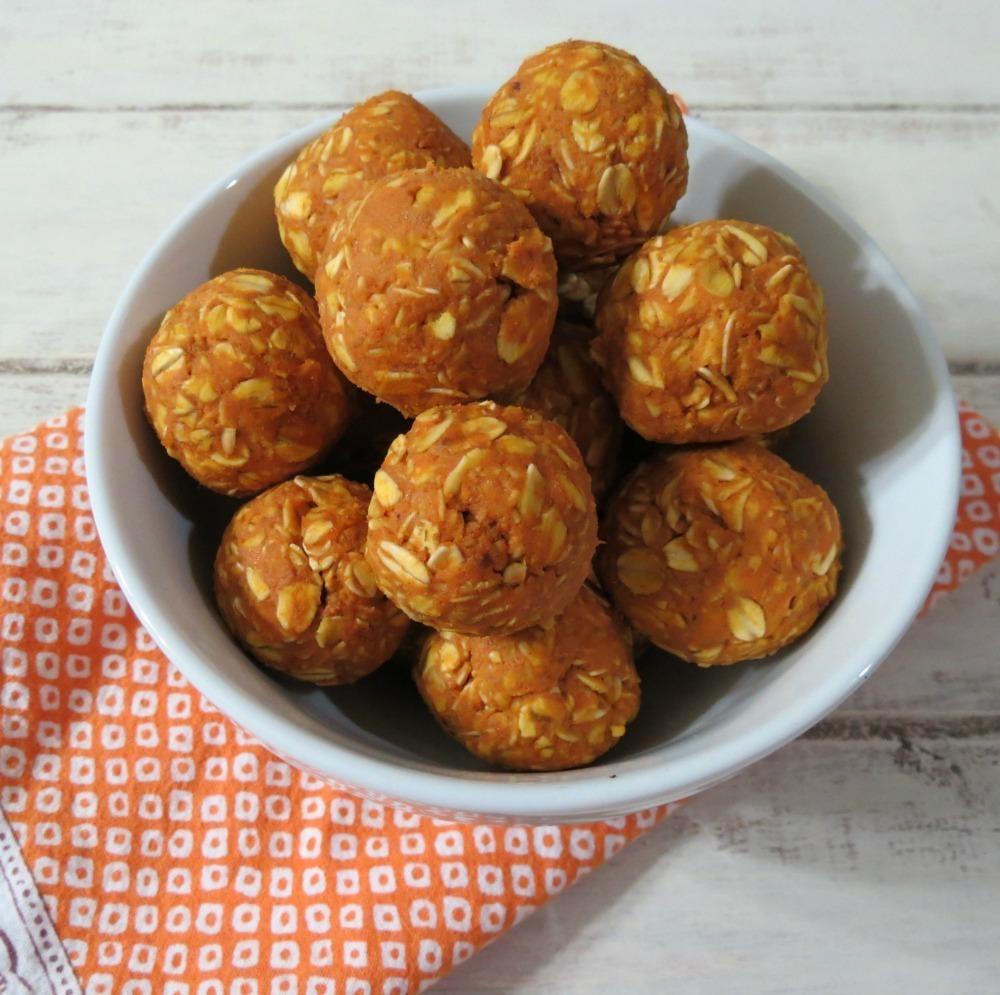 Peanut Butter And Pumpkin Dog Balls